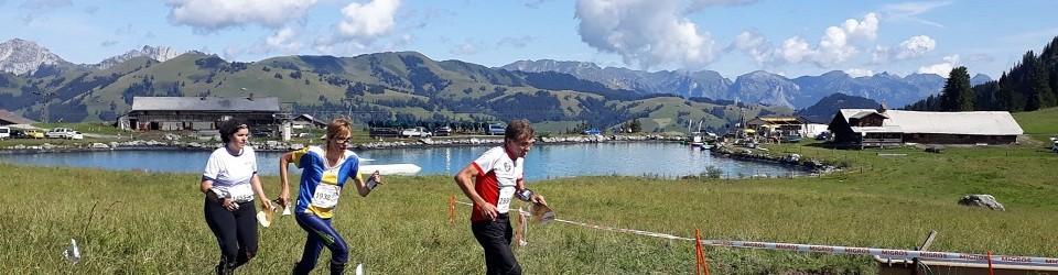 Ruth Humbel auf der Alp im (OL-)Element
